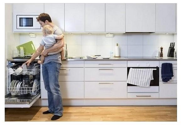 آیا می توانم آشپزخانه ام را با پارکت چوبی فرش کنم