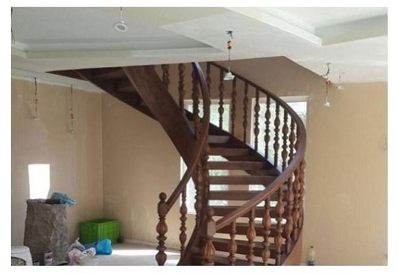 نمونه کار نرده و پله چوبی